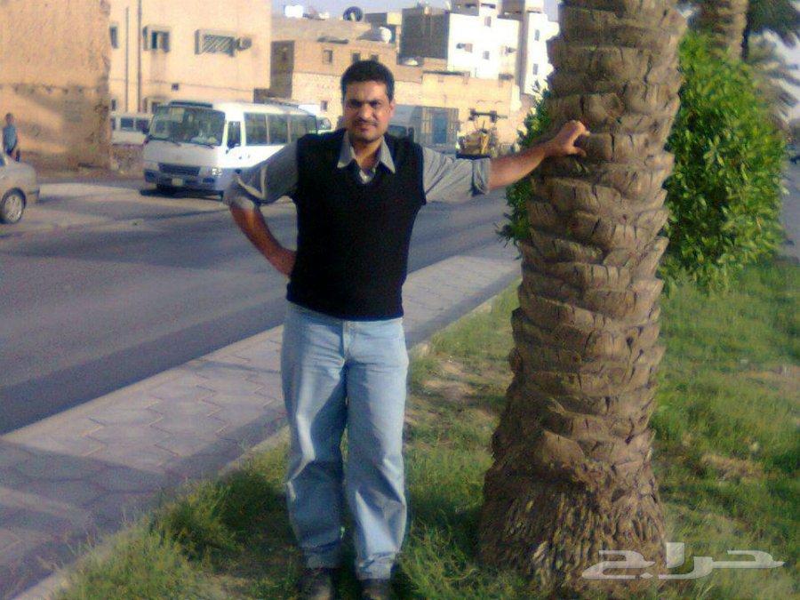 5256b960a2389 محمد الحميقاني فني دهانات وديكورات جبسيه وباركيه ورق جدرا