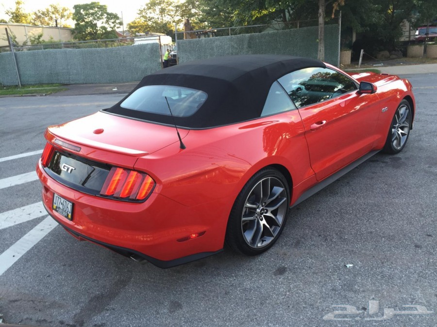 ����� ������ 2015 Ford Mustang